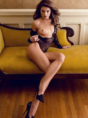 Playmate Miss May 2015